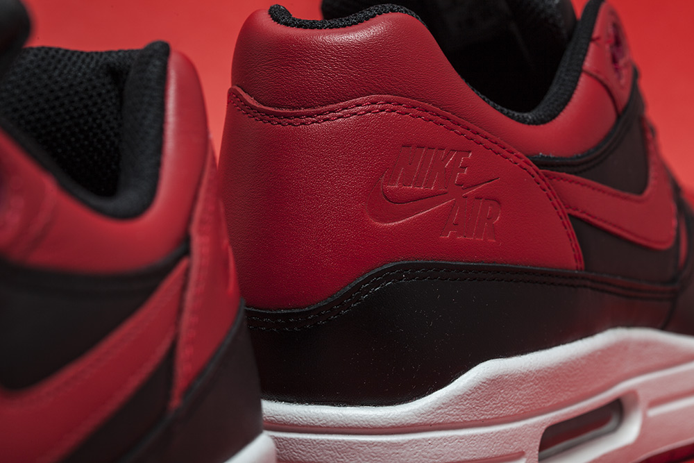 Nike Air Max 1 Bred (Valentine's Day) (5)