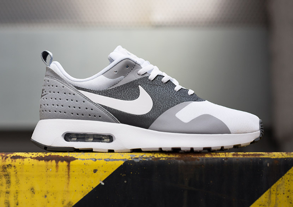 Nike Air Max Tavas 'White Grey' (gris) (2)