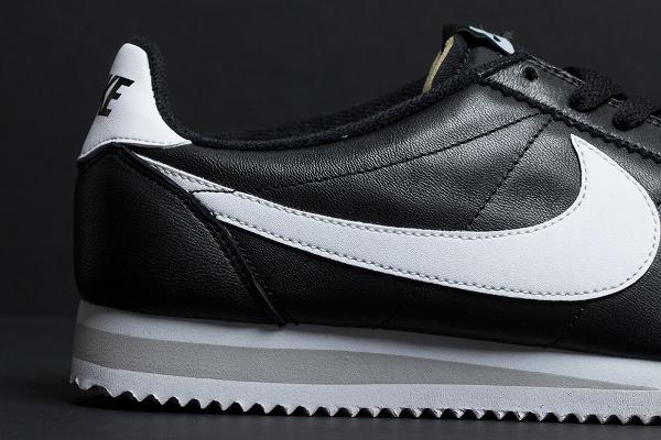 Nike Cortez Black White QS 2015-1