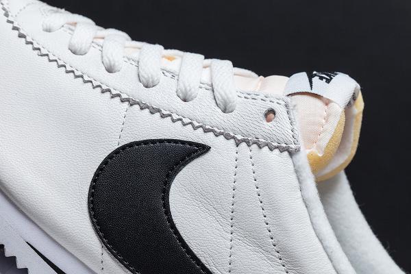 Nike Cortez White Black QS 2015-1