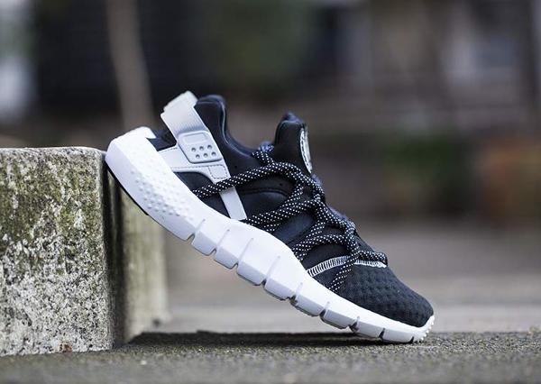 Nike Huarache NM Black White (Noir et Blanc) (3)