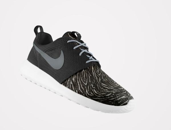 Nike Roshe Run ID Pony Hair zèbre