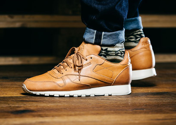Reebok Classic Leather Lux 'Horween' (tan) (2)