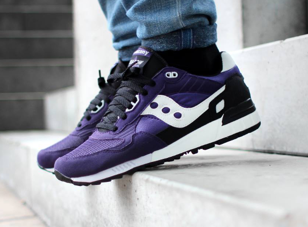 Saucony Shadow 5000 Freshly Picked (framboise) aux pieds  (1)
