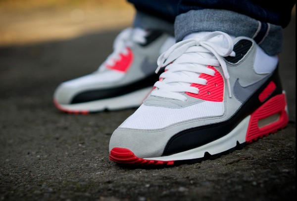 2005-Nike Air Max 90 Infrared - Jaybeezishangintough-1