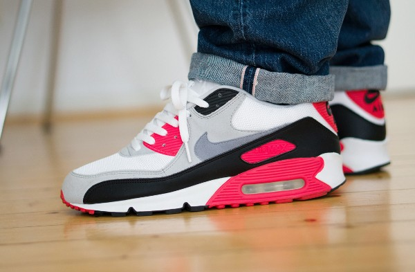 2005-Nike Air Max 90 Infrared - Jaybeezishangintough