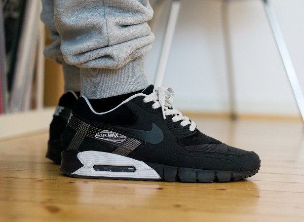 2009-Nike Air Max 90 Current Huarache - Jaybeezishangintough