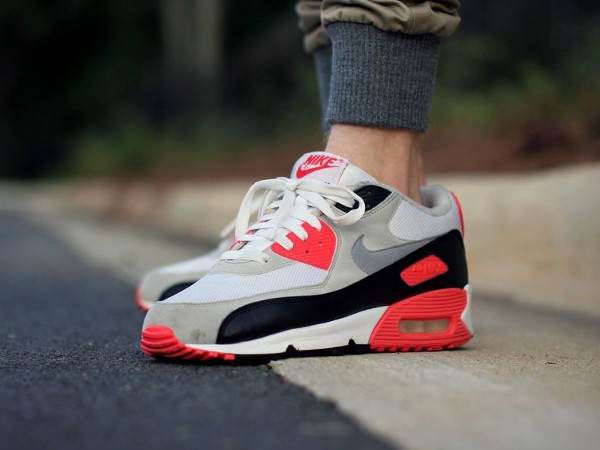2010-Nike Air Max 90 Infrared - GTfan712