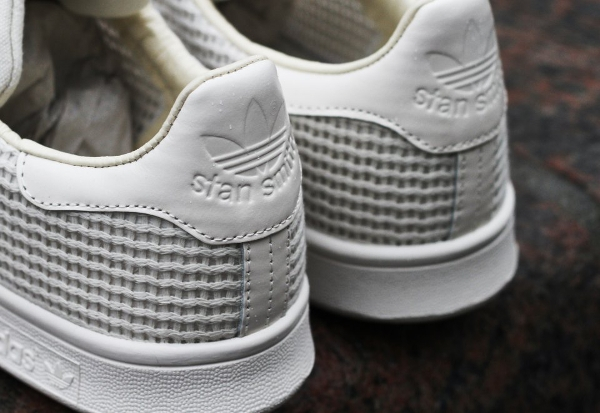 stan smith chalk white
