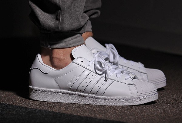Adidas Superstar 80's x Mark Gonzales 'The Gonz' aux pieds (2)