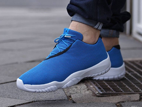 Air Jordan Future Low Photo Blue (3)