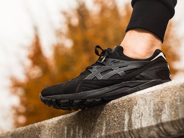 Asics Gel Kayano Trainer Black Black aux pieds (4)
