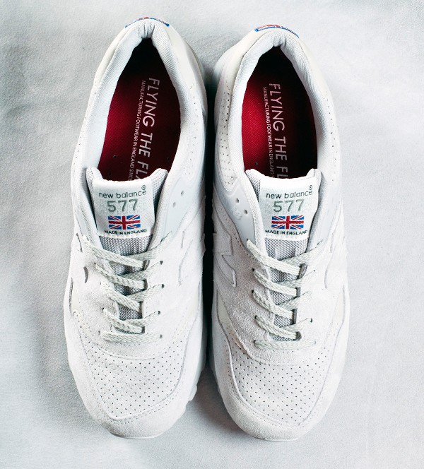 New Balance 577 Grey 'Flying The Flag' (gris) (2)