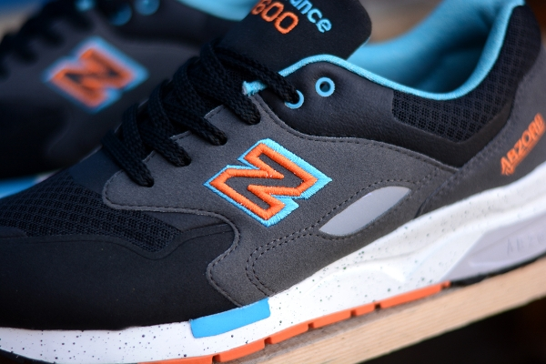 New Balance CM1600 Sonic Weld Black Orange Blue (3)