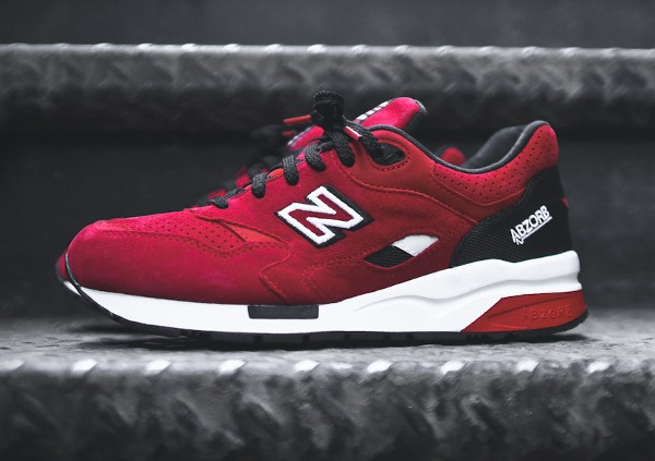 New Balance CM1600 Urban Sky (Black Red)  (4)