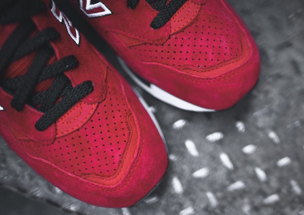 New Balance CM1600 Urban Sky (Black Red)  (6)