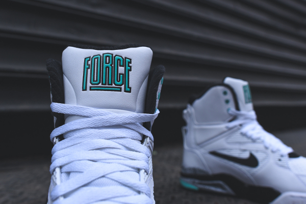 Nike Air Command Force White Wolf Grey Hyper Jade (4)