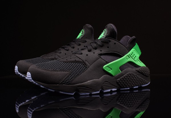 nike air huarache fb 39 black poison green 39 o l 39 acheter. Black Bedroom Furniture Sets. Home Design Ideas
