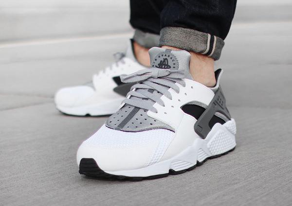 Nike Air Huarache White Wolf Grey Cool Grey (blanc é gris) (2)