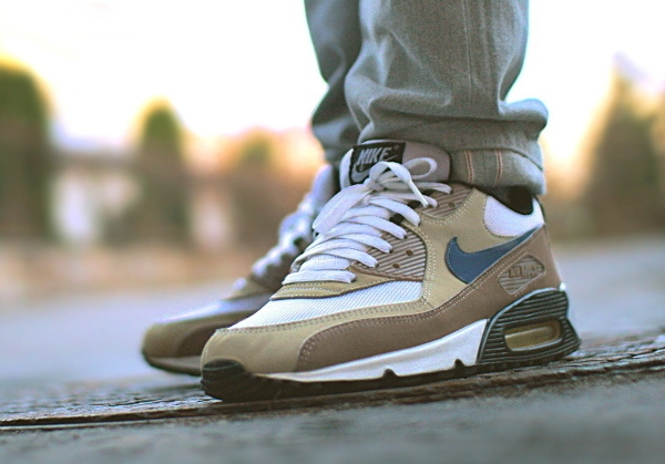 Nike Air Max 90 Escape -  .dzako