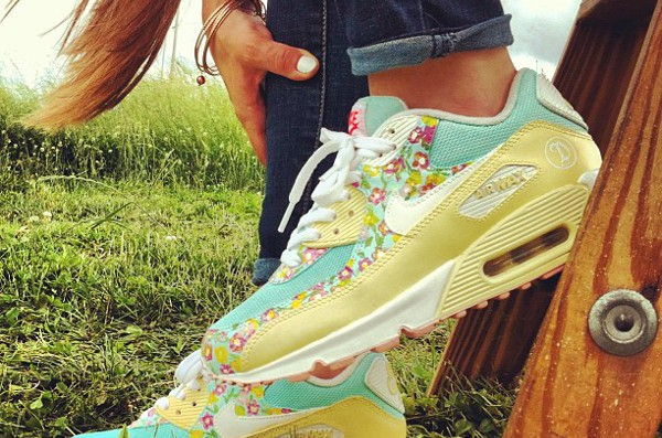 Nike Air Max 90 Freedom - Tmorrisey