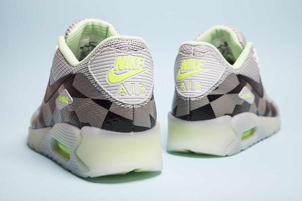 Nike Air Max 90 Jacquard Ice Quickstrike : où les acheter ?