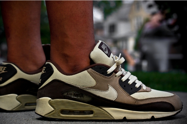 Nike Air Max 90 Khaki - Dirty Soles