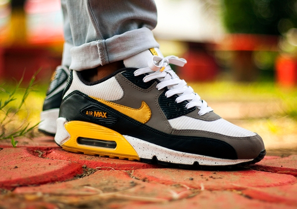 Nike Air Max 90 Livestrong - Msgt16
