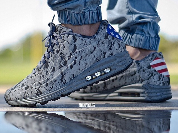 Nike Air Max 90 Moon Landing - Myemptybliss