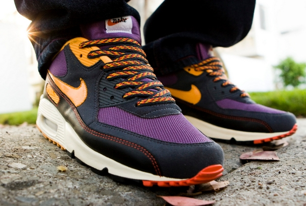 Nike Air Max 90 Powerwall Vintage Purple - Sling@flickr