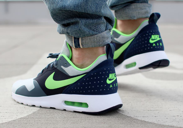 Nike Air Max Tavas Grey Mist Flash Lime Armory SLT Obsidian (1)