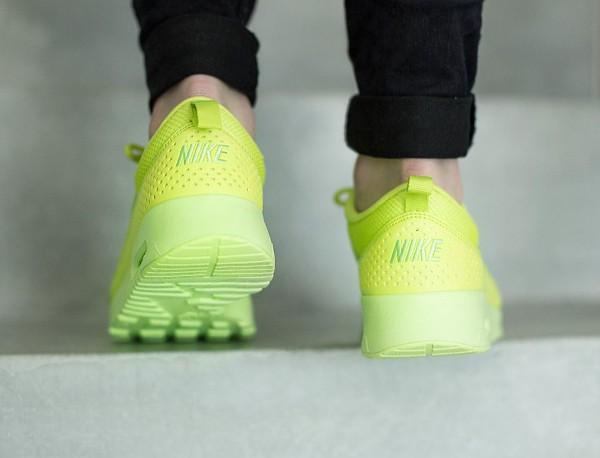 Nike Air Max Thea 'Cyber Liquid Lime' (vert citron) (1)