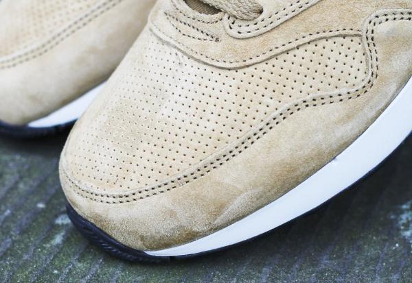 Nike Air Odyssey LTR Golden Tan (2)