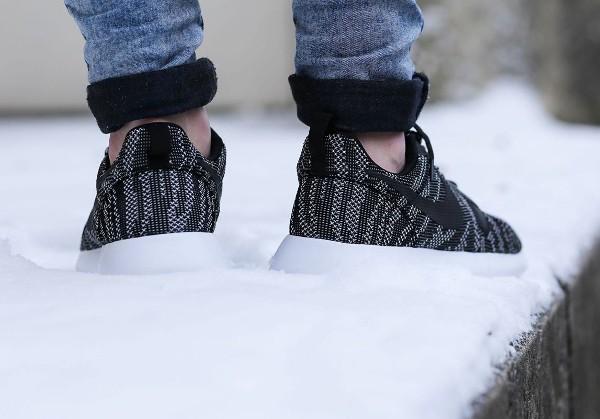 Nike Roshe Run Jacquard (Black White) (1)