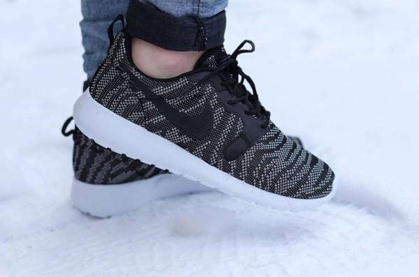 Nike Roshe Run Jacquard (Black White) (2)