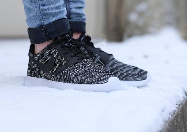 Nike Roshe Run Jacquard (Black White) (3)