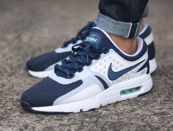 basket Nike Air Max Zero White Midnight Navy QS pas cher (2)