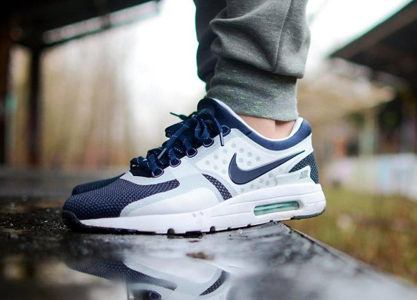 basket Nike Air Max Zero White Midnight Navy QS pas cher (3)