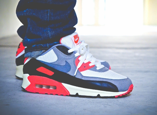 nike-air-max-90-infrared-foshizzles