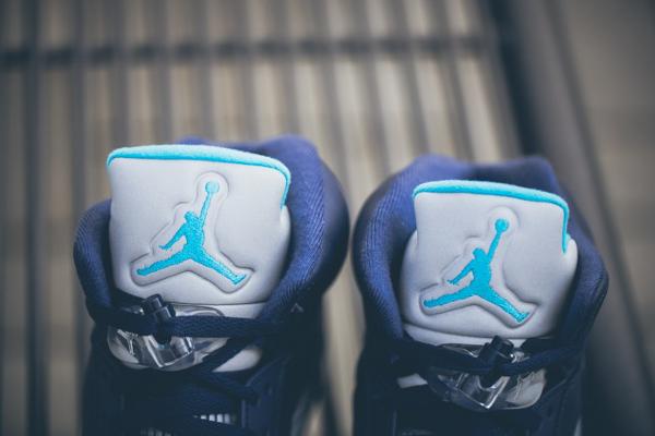 Air Jordan 5 Retro Charlotte Hornets (6)