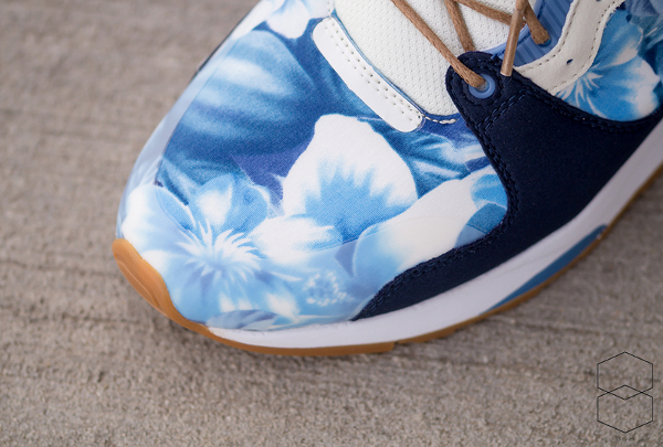 Le Coq Sportif LCS R 1400 (fleurs tropicales) Tropical Flowers Dress Blue (3)