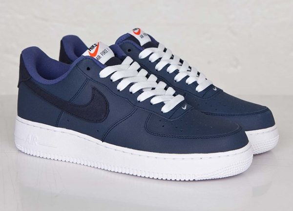 regarder 67fc4 bda1c Nike Air Force 1 Low Yacht Club (bleu marine) | Sneakers Actus