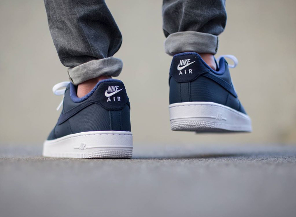 Nike Air Force 1 Low Yacht Club Bleu Marine Sneakers Actus