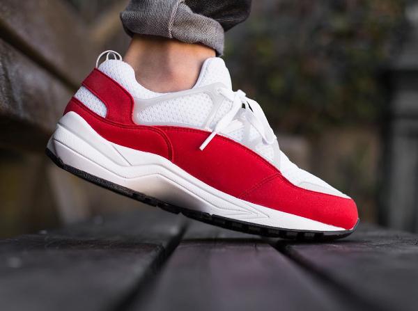 Nike Air Huarache Light White University Red Grey (3)