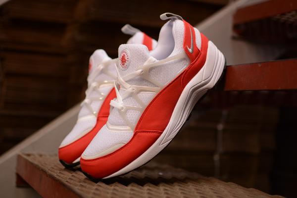 Nike Air Huarache Light White University Red Grey (5)