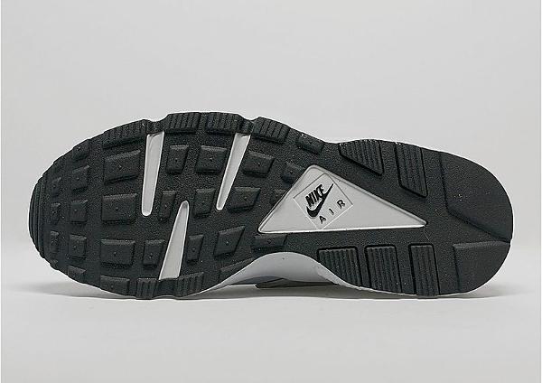 Nike Air Huarache Wolf Grey Pure Platinum (3)