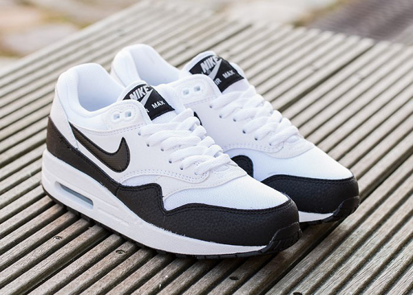 Nike Air Max 1 Essential White Metallic Silver Black (1)