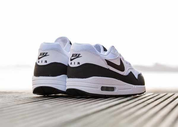 Nike Air Max 1 Essential White Metallic Silver Black (3)