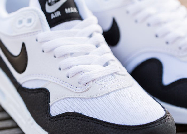 Nike Air Max 1 Essential White Metallic Silver Black (4)
