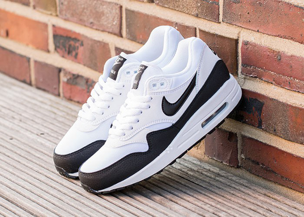 Nike Air Max 1 Essential White Metallic Silver Black (5)